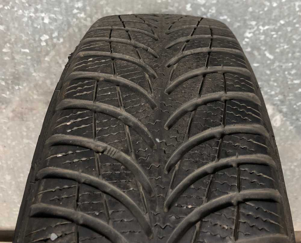 Goodyear UltraGrip 7+ 165/65 R14 79T